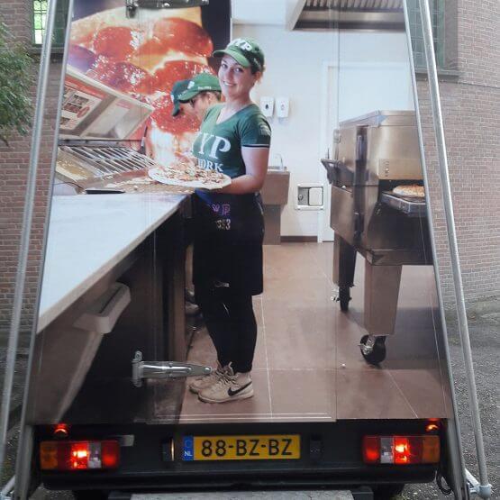 Full colour belettering reclame aanhangwagen riko-ede.nl
